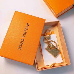 original apple bags 2019 - 2019 new love envelope shape metal key chain Bag ornaments original packaging box keychain