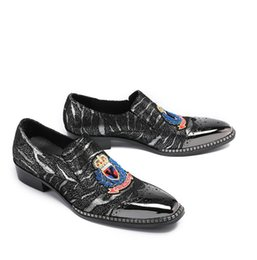 $enCountryForm.capitalKeyWord NZ - luxury Designer Rhinestone embroidery Wolf tiger bee owl platform Shoes Male Sheet metal Dress Pageant Footwear loafers W299