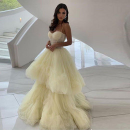 $enCountryForm.capitalKeyWord Australia - Newest Beige Layered Skirt Prom Dresses Spaghetti Strap Pleat Tiered Tulle Evening Gowns Illusion Body Backless Prom Dress