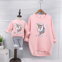 $enCountryForm.capitalKeyWord Canada - Mother Daughter Velvet Sweatshirts 2018 Winter Family Matching Thick Clothes Outwear Mom And Daughter Unicorn Print Clothes Tops Y190523