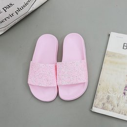 Wholesale Hot Collections Fashionable Foreign Trade Slippers Lady Bathroom Sequined Slippers Wear resistant Home Pink Slippers Size