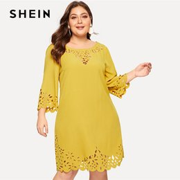 $enCountryForm.capitalKeyWord NZ - Plus Size Yellow Scalloped Edge Laser Cut Insert Plain Short Dress Women 2019 Spring Three Quarter Length Sleeve Dress C19041001