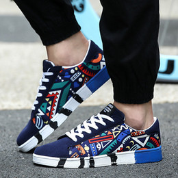 $enCountryForm.capitalKeyWord NZ - GOODRSSON Canvas casual shoes for man flat Geometric colorful style lace up sneakers lightweight footwear sapato masculino