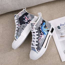 $enCountryForm.capitalKeyWord Australia - 2019 Autumn Newest Canvas Shoes flower letters top high fashion l women womens low help canvas shoes sneakers shoes size 35-41 With Box