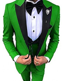 Wholesale white suit wedding dress for sale - Group buy Fashion Green Groom Tuxedos Black Peak Lapel Groomsmen Mens Wedding Dress Excellent Man Jacket Blazer Piece Suit Jacket Pants Vest Tie