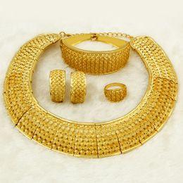 $enCountryForm.capitalKeyWord Australia - Liffly African Dubai Gold Jewelry Sets For Women Big Necklace Charm Design Fashion Charms Nigerian Bridal Wedding Jewelry Set Y19051302