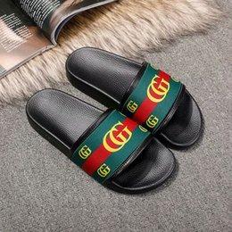 $enCountryForm.capitalKeyWord Australia - Branded Designer Sandals Beach Slipper Fashion Women Flower Bow Soft Rubber Sole Flat Slides Sandal Men Designer Flip Flops Size EU35-46