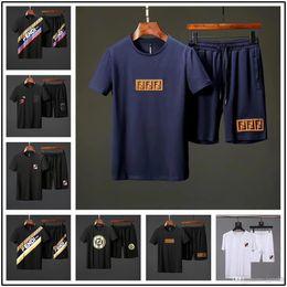 $enCountryForm.capitalKeyWord Australia - 18ss 2019 Sportsuits Men Polo Suits Summer 2pc Breathable Short Set Men S Design Fashion T-shirt Shorts Tracksuit Set Trending Style