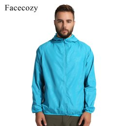 7db5c0c4cd46 Facecozy Loves Summer Outdoor Fishing Shirt Hooded UV Protection Colorful  Breathable Quick Dry Hiking Clothes