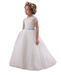 $enCountryForm.capitalKeyWord UK - White Ivory Princess Girls Pageant Gowns Lace Appliques Ball Gown Flower Girl Dresses For Wedding Back With Bow Baby Birthday Party Dress 20