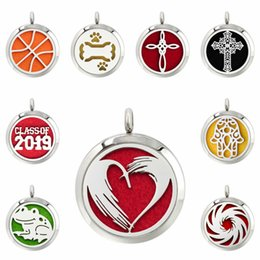 $enCountryForm.capitalKeyWord Australia - heart dog paw cross 30mm Magnet Stainless Steel Diffuser Necklace Pendant Essential Oil Aromatherapy Perfume locket 10 Pads (no chain)