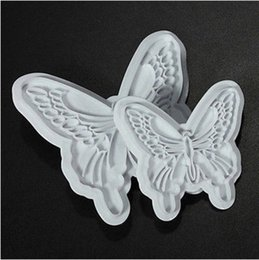 Sugar Cookies Cutter Australia - 2pcs Butterfly design fondant molds cookie biscuits cutters Sugar craft DIY moulds embossers cake Decorating tools