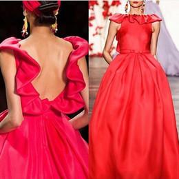$enCountryForm.capitalKeyWord UK - Elegant Red Satin Evening Dresses 2020 Ruffle Scoop Neck Celebrity Dresses A Line Long Backless Red Carpet Dress vestidos de formatura