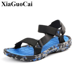 new design casual sandals 2019 - New Men Sandals for Summer Casual Shoes Soft Light Design Breathable Slip-on Adult Male Beach Sandals Camo Slippers Anti