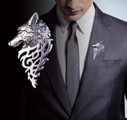 $enCountryForm.capitalKeyWord Australia - fashion Wolf Head Brooch Lapel Pin Vintage Men's Suit Collar Badge Pins Game of Thrones Souvenirs Wolf Totem Men Charming Animals Brooches