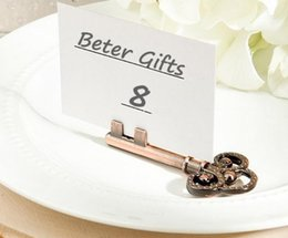 vintage card table UK - Free Shipping Antique Bronze Vintage Key Place Card Holder Wedding Favors Party Table Shower Event Table Decors SN3408