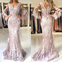 Long poet sLeeve evening dresses online shopping - Sexy V Neck Lace Mermaid Long Prom Dresses Long Sleeves Tulle Applique Sweep Train Formal Party Evening Gowns With Buttons