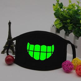 $enCountryForm.capitalKeyWord Australia - Black Luminous Mouth Cotton Mask Green light Face Mask Glow dark outdoors use Dust Filter creative Warm tools QQA270
