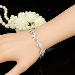 top indian girls UK - Top Qualiry Silver Color CZ Leaves Bracelet for Girls Women for Party Wedding Nice Birthday Gift for Friend