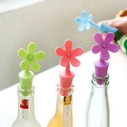 Ingrosso Tappo per vino in silicone per alimenti eco-compatibile che mantiene il tappo di bottiglia fresco a forma di fiore e sapore di vino