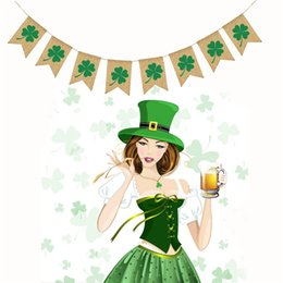 Decoration Screen Australia - St. Patrick Mardi Gras Party Decoration Jute Clover Linen Cloth Silk Screen Printing Letter Lucky String Flags Party Supplies 8dfE1