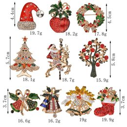 $enCountryForm.capitalKeyWord NZ - Hot Sale Creative Christmas Gifts Santa Claus Christmas Trees Socks Hat Sock Rhinestone Brooches For Women Gift b152
