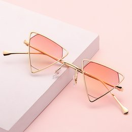 Ocean Frames Australia - Inverted triangle frame irregular polygon ocean piece sunglasses new European and American personality sunglasses men and women glasses tide