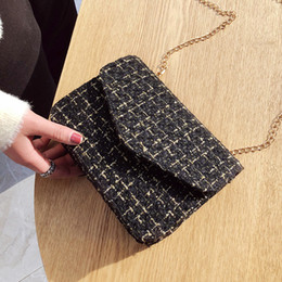 $enCountryForm.capitalKeyWord NZ - Velour Fashion Ladies Flap Designer Handbags Women Bags 2019 Black White Red Clutch With Gold Chain Girls Crossbody Bags