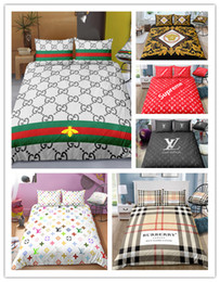 3D Fashion Bedding set logo Copripiumino stampato con federe in Offerta