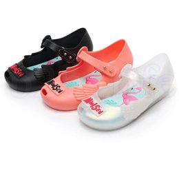 Girls fisherman sandals online shopping - baby girls Jelly Sandals Swan Flamingo style Summer baby Jelly Sandals Mini Toe Cap Hole Non Slip beach shoes KKA6682