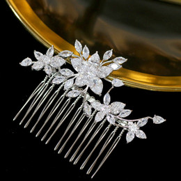 Feather crystal hair comb online shopping - Luxury zirconia flower hair accessories headdress graduation wedding hair accessories gold hair comb beauty salon jewelry hairpi