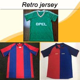 7009dd42bdbdf 1899 1999 barcelona MESSI XAVI RIVALDO Retro conmemorativo Bule Rojo  camisetas de fútbol 1990 1992 Irlanda Equipo nacional RETRO Vintage Verde  Camisetas de ...