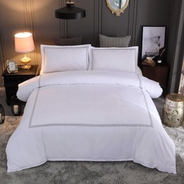 $enCountryForm.capitalKeyWord NZ - Lucky 3 Piece-King Size Solid Color Embroidery Duvet Cover Sets Home and Hotel Beddding Decor Bed Sheet White Supplies Set for Family Set