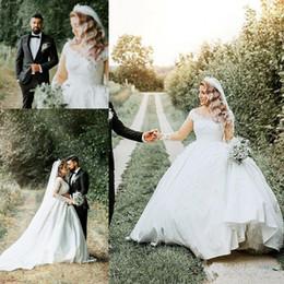 $enCountryForm.capitalKeyWord Australia - Elegant 2019 Plus Size A Line Wedding Dresses Long Sleeves Lace Appliques Bohemian Beach Bridal Party Gowns For Garden Country