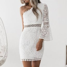$enCountryForm.capitalKeyWord NZ - 2019 Summer Sexy Women Lace Dress One Shoulder Flare Sleeve Hollow Out Clubwear Elegant Ladies Party Dresses female gowns White