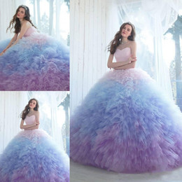 ombre tulle prom dress 2020 - Beautiful Ombre Ball Gown Quinceanera Dresses Sweetheart Neckline Prom Gowns Chapel Length Tulle Ruffled Sweet 16 Dress