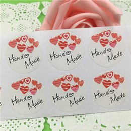 $enCountryForm.capitalKeyWord UK - 500Pcs 3cm Circle Shape Adhesive Stickers Hand Made With Red Love For Valentine's Day Clothes Book Baggage Sealing Sticker Label