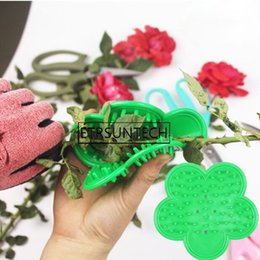 Plastic Thorns Australia - 100pcs Plastic DIY Cut Tool Florist Flower Rose Thorn Stem Leaf Stripper Rose Removing Burrs Garden Tool