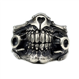$enCountryForm.capitalKeyWord Australia - Exquisite Mask Skull Ring Men's Titanium Steel Ring 316L Stainless Steel Punk Party Fashion Men's Ring Size 7-14