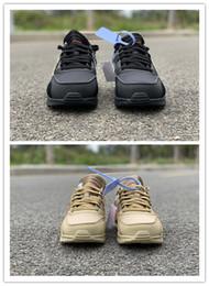 3c26be405be 2019 Nuevo negro amarillo Hombres bajos zapatillas deportivas de  entrenamiento Formadores al aire libre de calidad superior con caja mejor  tamaño 7-12