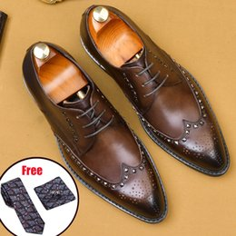 lacing mens dress shoes NZ - Men leather shoes business dress suit shoes men Bullock genuine leather black laces wedding mens Phenkang