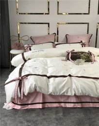 Discount royal beds - Luxury Pastoral Egyptian cotton 4 6pcs Egyptian cotton Royal Bedding sets Queen King size Duvet cover Bed sheet set Pill