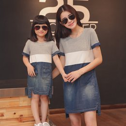 $enCountryForm.capitalKeyWord NZ - Mother Daughter Dresses Matching Mother Daughter Clothes Mom And Daughter Denim Dress Family Look Clothing Girl Dress Y19051103