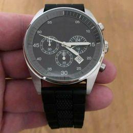 $enCountryForm.capitalKeyWord Australia - 42mm Quartz Men Wristwatch Mesh Black & Grey Silicone Rubber Strap 5866 Mens Watch