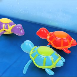clockwork animals Canada - 1pc Lovely Animals Bathing Bath Toy Wind-up Floating Turtle Clockwork on a Chain Bathing Toy Toys for Children