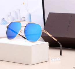 $enCountryForm.capitalKeyWord Australia - 2019 Luxury L Sunglasses For Men Fashion Designer Sun Glass Oval Frame Coating Mirror UV400 Lens Carbon Fiber Legs Summer Style Eyewear e5