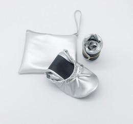 Cheap Wholesale Flat Shoes Australia - Disposable Wedding Gift Cheap Foldable Flat Shoes , Women Foldable Shoes