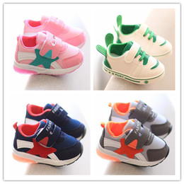 $enCountryForm.capitalKeyWord Australia - Designer Baby Shoes Toddler First Walkers Boys Girls Soft Sole Sneakers Infant Fashion Comfortable Autumn Trainers Shoes Size 16-26 Hot Sale