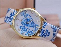 Ladies Bronze Wrist Watches Australia - Luxury Diamond Rose Gold Women Watches Starry Sky Magnetic Mesh Ladies Quartz Wrist Watch For relogio feminino montre femme 2018