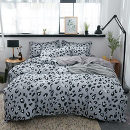 black pink adult bedding UK - Grey Leopard Printed Bed Cover Set Duvet Cover Adult Child Bed Sheets And Pillowcases Comforter Princess Bedding Set